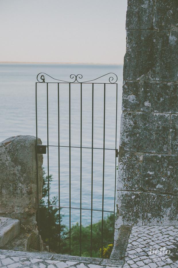 Iron gate in Portinho da Arrábida