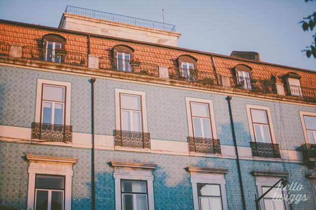 Sunset in Graça, Lisbon by Claudia Casal // Hello Twiggs