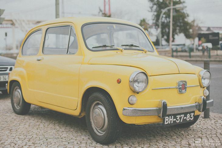 Antigo Fiat 500 Amarelo