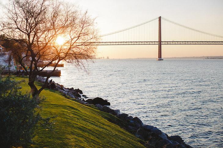 Stories from Lisbon :: do outro lado do rio